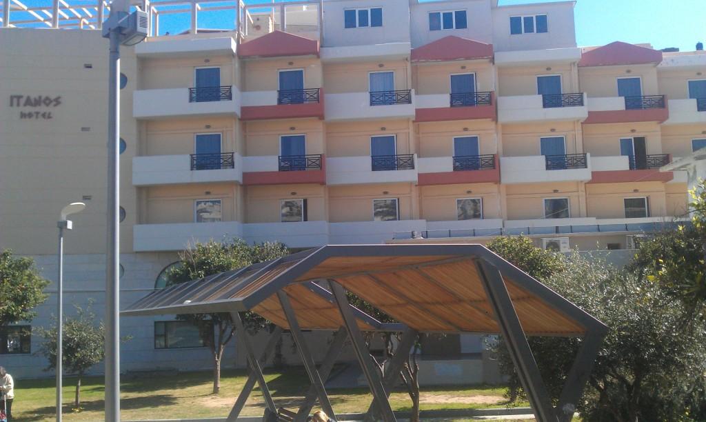 itanos-hotel-1.jpg